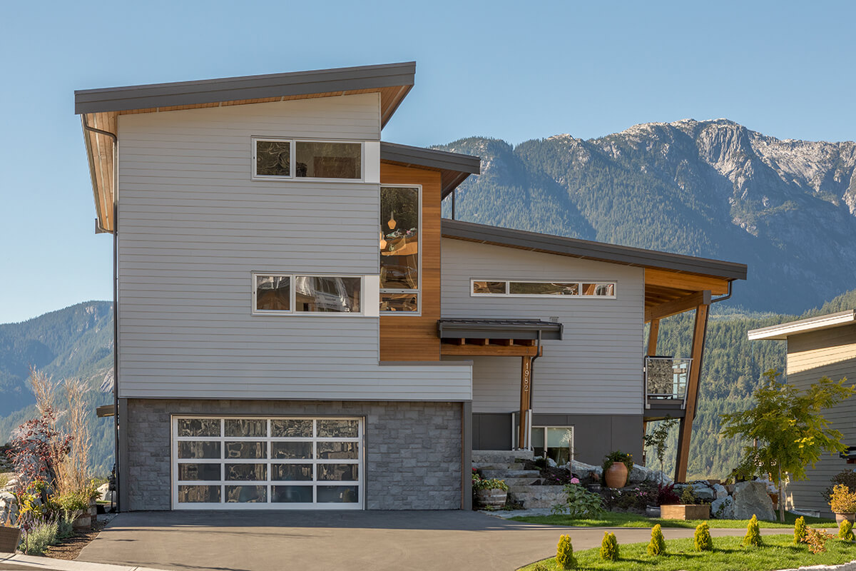 1982 Exterior 2 custom home squamish